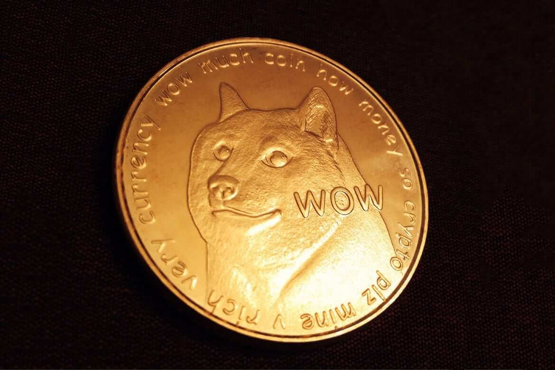 Dogecoin trading back to the upward motion